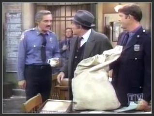 Barney Miller: Uniform Days