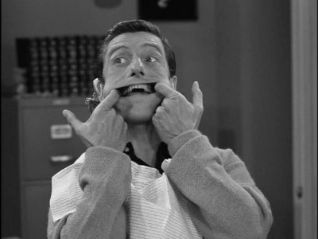The Dick Van Dyke Show: A Man's Teeth Are Not His Own