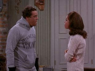 The Mary Tyler Moore Show : Keep Your Guard Up