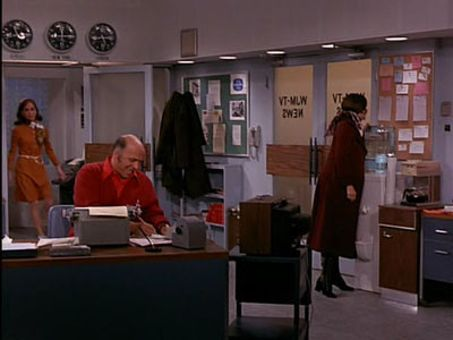 The Mary Tyler Moore Show : ...Is a Friend in Need