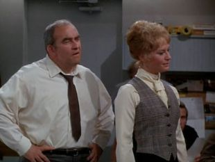 The Mary Tyler Moore Show : What Do You Do When Your Boss Says 'I Love You'?