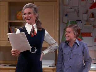 The Mary Tyler Moore Show : The Care and Feeding of Parents