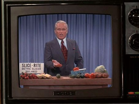 The Mary Tyler Moore Show : Farmer Ted and the News