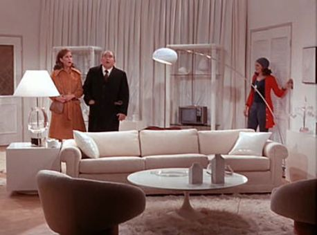 The Mary Tyler Moore Show : Square Shaped Room