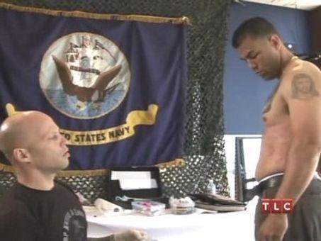 Miami Ink : Kat & Ami Tattoo the Troops