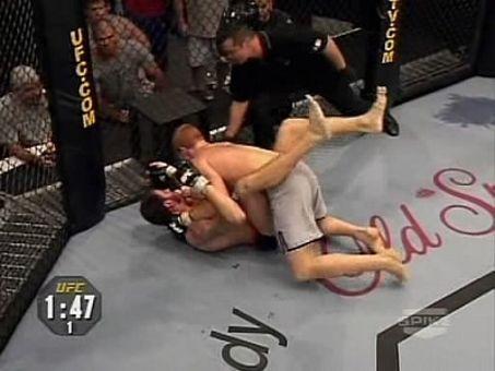 The Ultimate Fighter: Team Serra vs. Team Hughes : Upper Decker