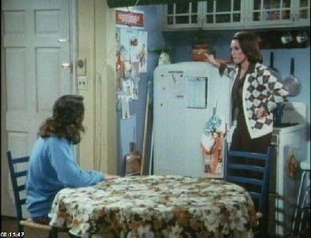 Rhoda : Pop Goes the Question