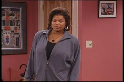 Living Single : She Ain't Heavy, She's My Mother