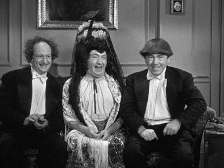The Three Stooges : Micro-Phonies