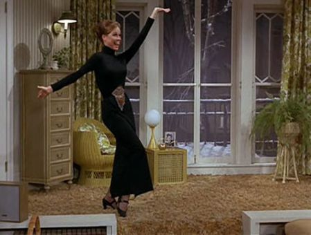 The Mary Tyler Moore Show : Five-Minute Dress