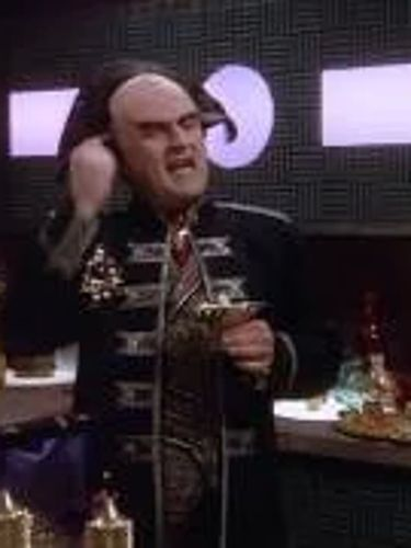 Babylon 5 : A Day in the Strife