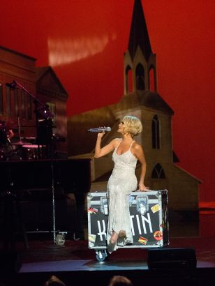 Kristin Chenoweth: Coming Home