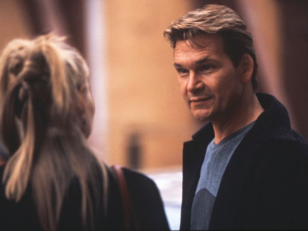 one last dance movie summary Follow the movie on facebook plot summary a dancer (patrick swayze) and his two former partners (lisa niemi, george de la pena) stage a performance to save their mentor's studio.