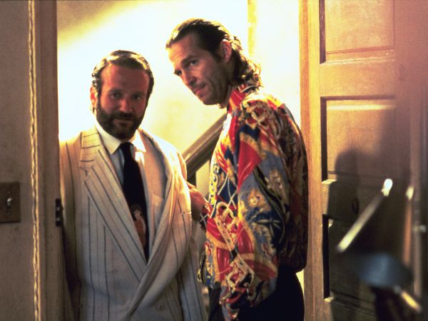 the fisher king film elements The fisher king is a 1991 comedy-drama film about a radio shock-jock who tries to find redemption by helping a homeless man whose life he inadvertently shattered.