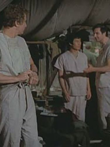 M*A*S*H : Love and Marriage
