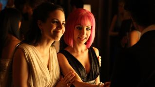 Lost Girl: Can't See the Fae-Rest