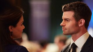 Saving Hope: Trading Places