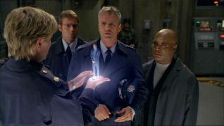 Stargate SG-1: Between Two Fires