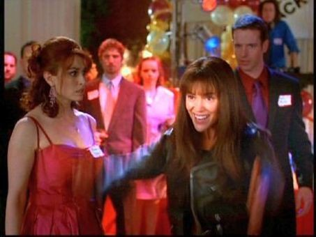 Charmed : Hyde School Reunion