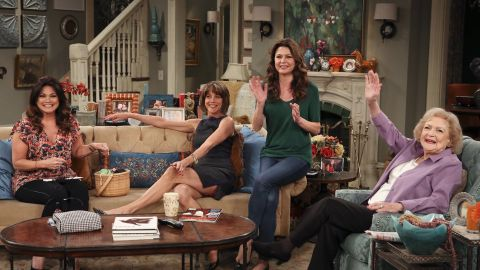 Hot in Cleveland : Say Yes to the Mess