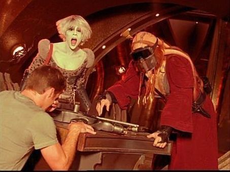 Farscape : Through the Looking Glass