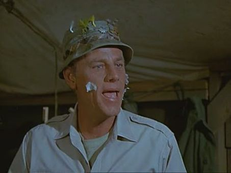 M*A*S*H : Deal Me Out