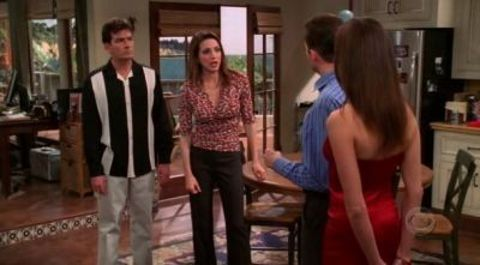 Two and a Half Men : I Remember the Coatroom, I Just Don't Remember You