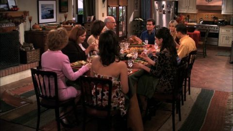 Two and a Half Men : Merry Thanksgiving
