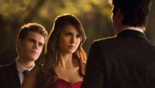 The Vampire Diaries: Pictures of You