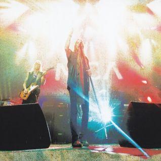 Lynyrd Skynyrd: Pronouced Leh-Nerd Skin-Nerd & Second Helping - Live