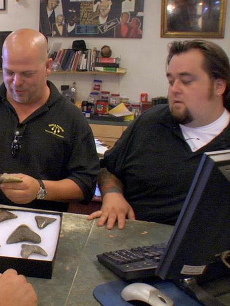 Pawn Stars: Sharks and Cobras