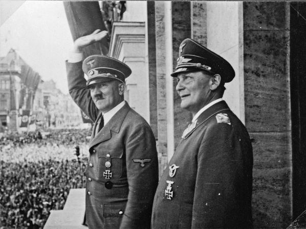 rise and fall of adolf hitler essay Track hitler's rise to power  hitler's rise and fall: timeline  adolf hitler as an infant adolf hitler is born on april 20 th in braunau am inn in the.