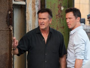 Burn Notice: Eye for an Eye