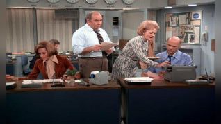 The Mary Tyler Moore Show: Murray Takes a Stand