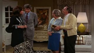 The Mary Tyler Moore Show: Howard's Girl