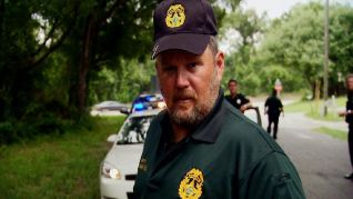 Only in America With Larry the Cable Guy: Larry is the Sheriff