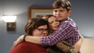Two and a Half Men: Dial 1-900-MIX-A-LOT