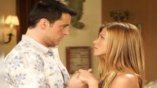 Friends: The One After Joey and Rachel Kiss
