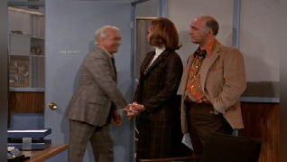 The Mary Tyler Moore Show: A Boy's Best Friend