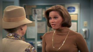 The Mary Tyler Moore Show: Mary's Big Party