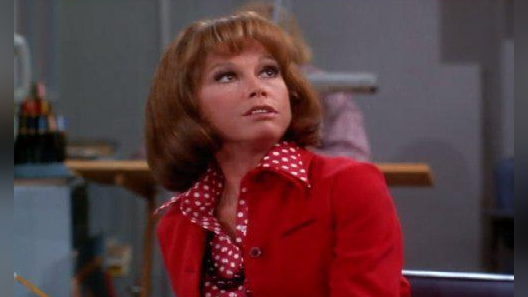 The Mary Tyler Moore Show: I Gave at the Office