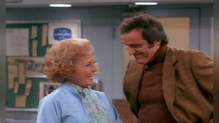 The Mary Tyler Moore Show: Sue Ann Falls in Love