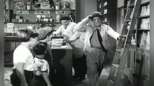 The Abbott & Costello Show: The Drugstore