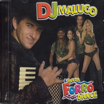 DJ Maluco and Banda Forro Dance