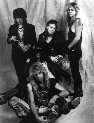 guns n roses biography 1985 1993 essay Find and buy guns n' roses tickets at axscom there are no guns n' roses dates guns n' roses biography following the group's 1985 formation, guns n' roses.