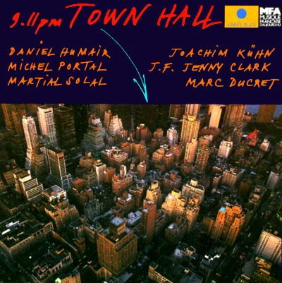 9.11pm Town Hall