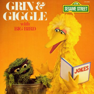 Sesame Street: Grin and Giggle With Big Bird