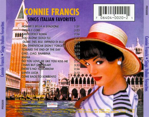 Sings Italian Favorites