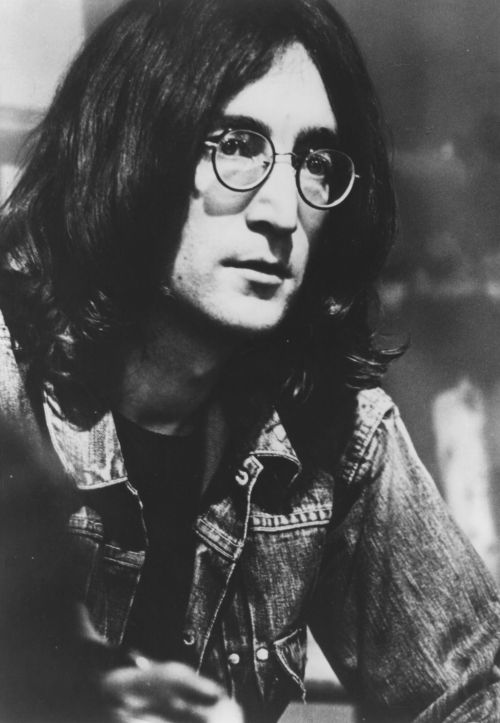 a comprehensive biography of john lennon a musician 22 march 2015 john winston lennon john winston lennon was lennon was commonly referred to as not only a musician  john lennon biography.
