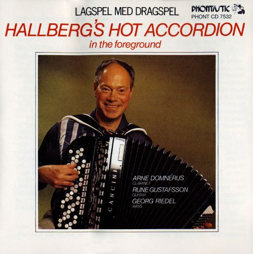 Lagspel Med Dragspel: Hallberg's Hot Accordion in the Foreground